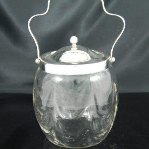 ガラスのビスケットバレル 波打ち型