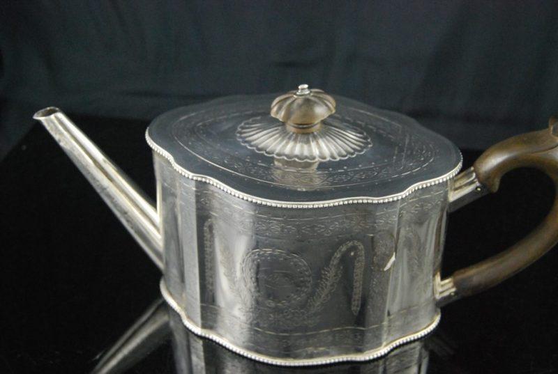ジョージアンスタイル ドラム型ティーポット Joseph Angel II