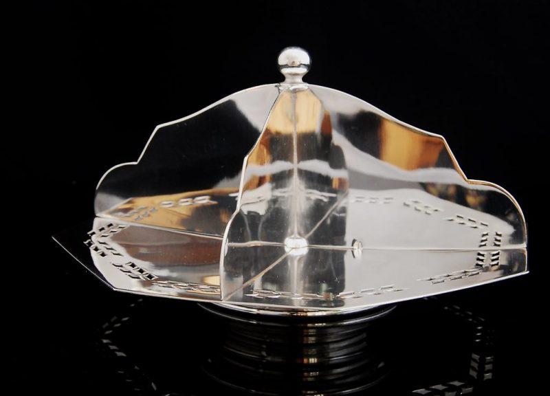 PRETTY ART DECO silver plate divided sandwich plate