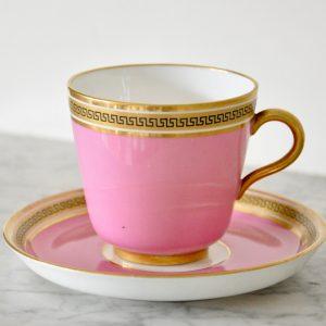 ビクトリアン アンティーク ピンクのティー、コーヒーカップ トリオセット