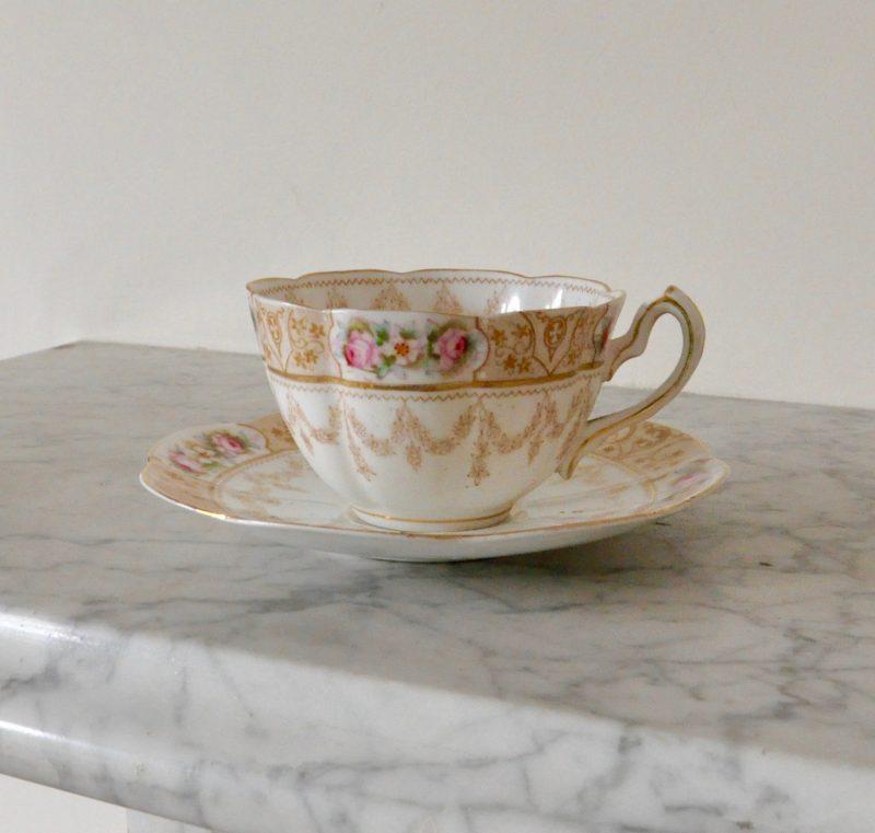 ビクトリアン ティーカップ