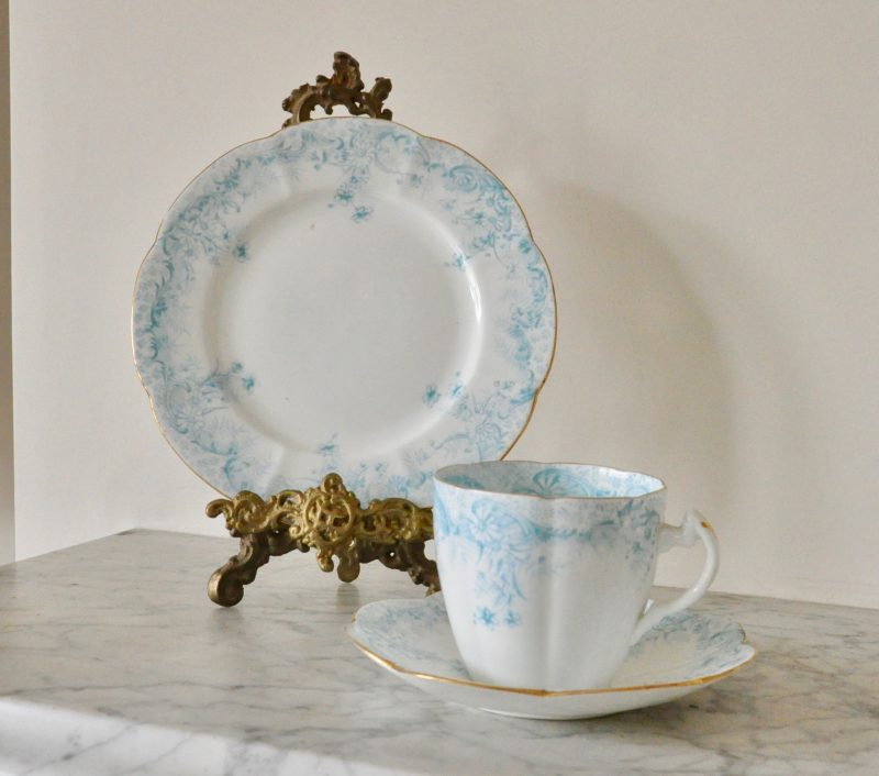 ワイルマン プレシェリー デイジーパターン ブルー アンティークカップ